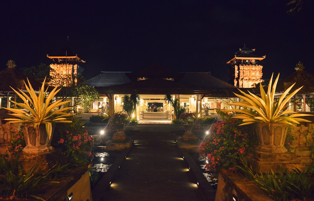 Nusa Dua Beach Hotel Spa 4